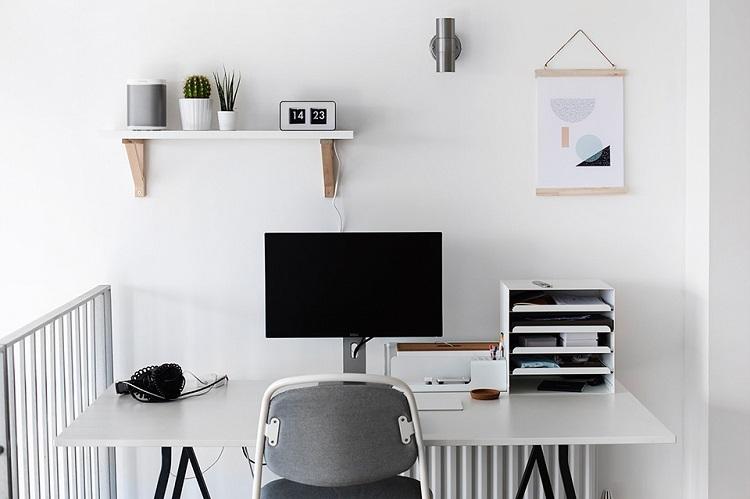 Ilustrasi ruang kerja di rumah, Sumber: uptown.id